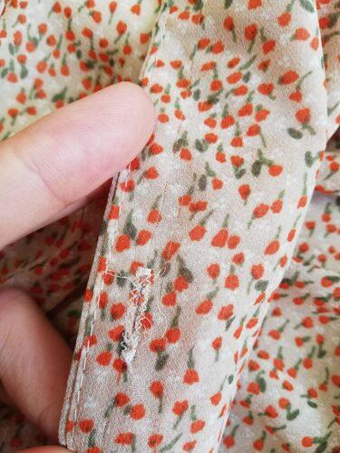 coko tokyoのオレンジのワンピースのほつれ